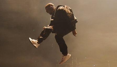 kanye-west-jumping